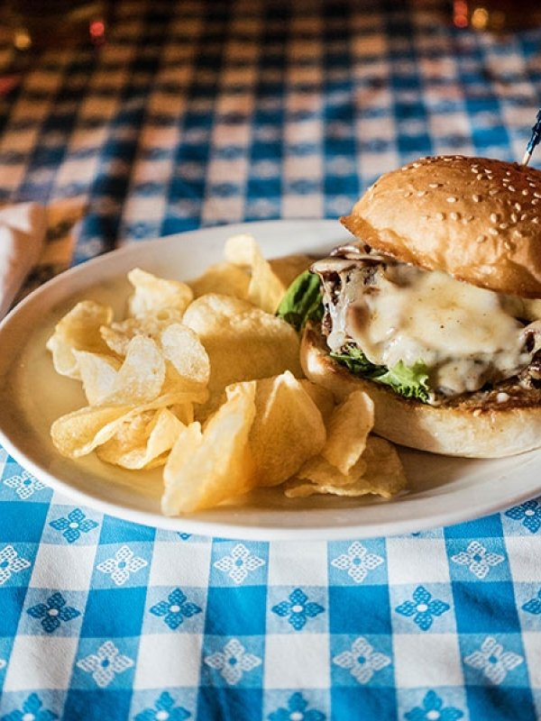 Popular Burger Joints in Fayetteville